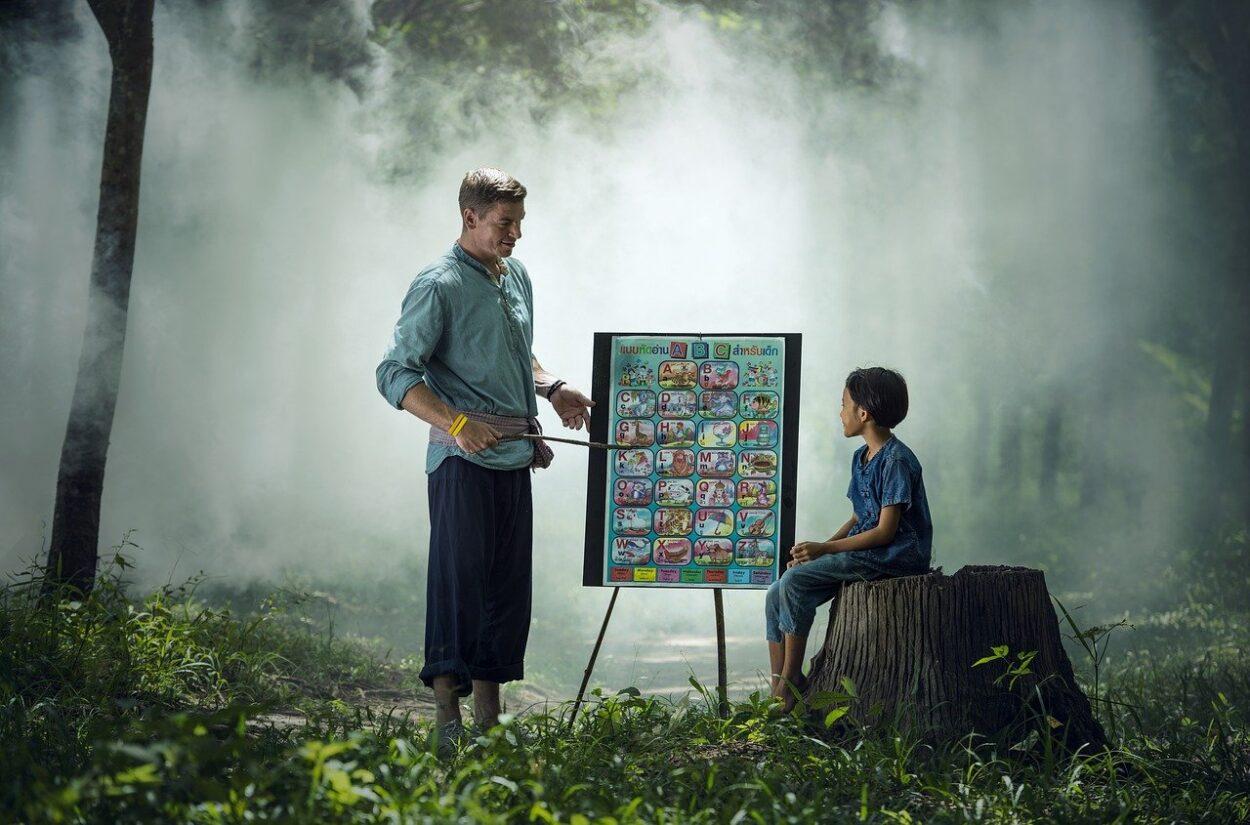 dziecko i nauczyciel