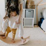 Dziecko w trakcie terapii sensorycznej